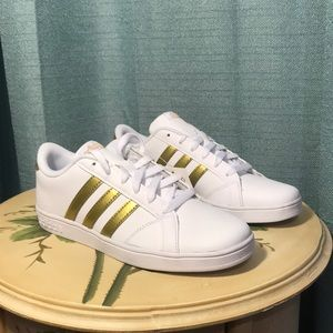 NEW! Adidas white gold tennis shoes